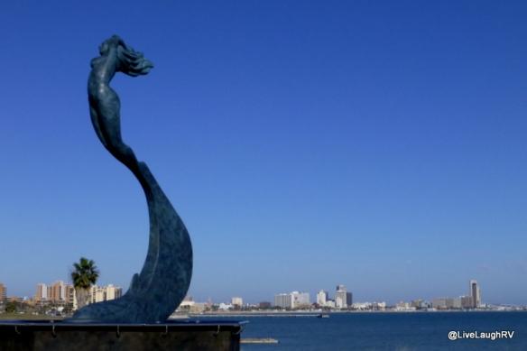nude sculpture