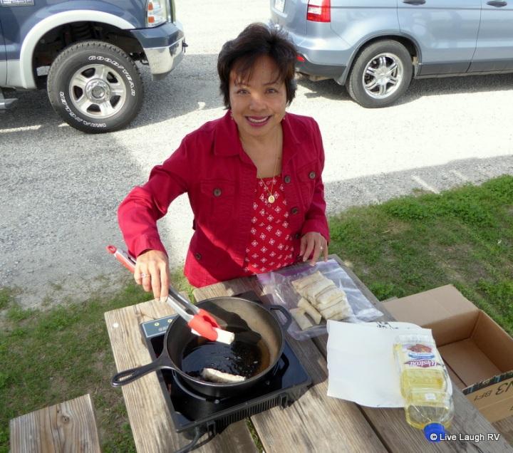 Filipino egg rolls