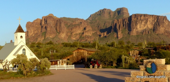 Superstition Mountain Museum