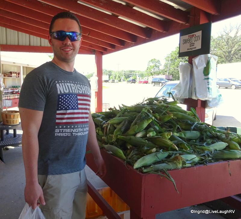 Illinois farm stand