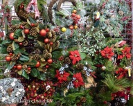So many Wreaths to choose from!