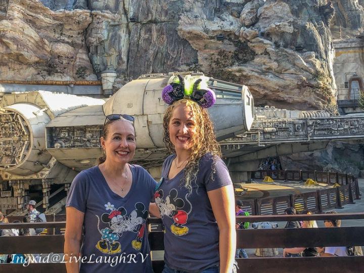 Disneyland Millennium Falcon Star Wars Galaxy's Edge